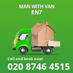 EN7 man with van